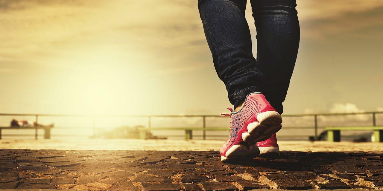 Mehr Bewegung für Rheumapatienten: Gezielte Smartphone-Nachrichten motivieren zu mehr Aktivitäten