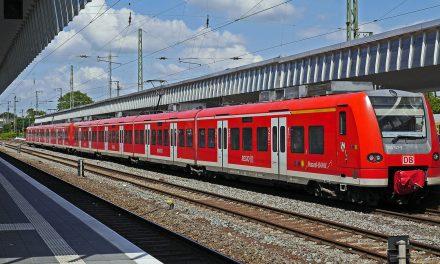 Neue App der Deutschen Bahn soll barrierefreies Reisen unterstützen