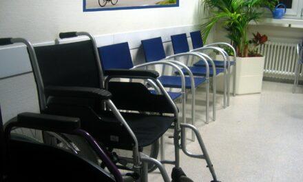 Wartezeiten beim Arzt: Wie Start-ups versuchen, das Problem zu lösen